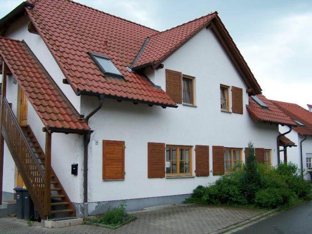 rockhausen erfurt mehrfamilienhaus kaufen vierfamilienhaus erfurt rockhausen. Black Bedroom Furniture Sets. Home Design Ideas